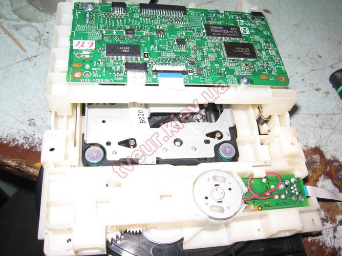 ремонт музыкального центра JVC UX-G950V