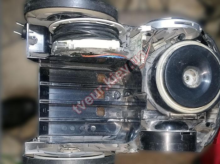 ремонт пылесоса LG V-C7886HTU